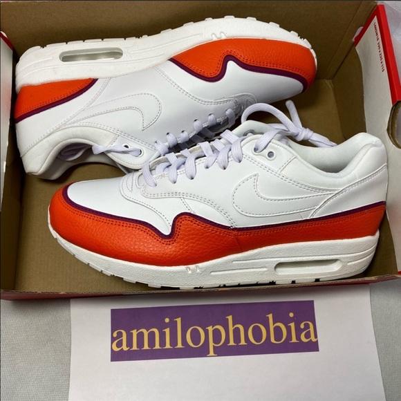 New Women's Nike Air Max 1 SE Size 6 White Orange NWT